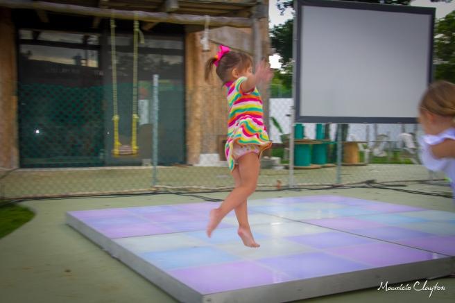 #jumping #kid #dancefloor #mauricioclayton